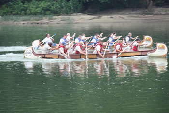 Teams race historic canoes on the Wabash